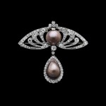 7._Brooch_brown_pearls_set_in_platinum_and_diamonds_France_1900_c_Albion_Art
